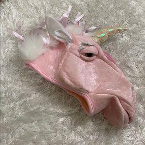 Rubie's unicorn head hat wow! Magical!